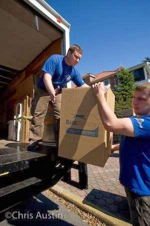 Basic Moving & Storage - moving company  | Photo 6 of 8 | Address: 700 Columbia St, Brooklyn, NY 11231, USA | Phone: (718) 369-4207