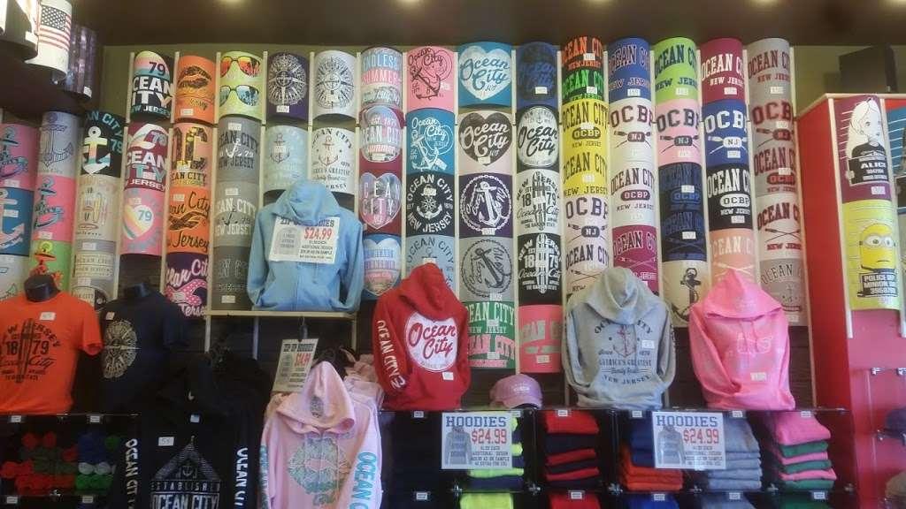 Jillys T-Shirt Factory, LLC - clothing store  | Photo 7 of 10 | Address: 762 Boardwalk, Ocean City, NJ 08226, USA | Phone: (609) 385-1234 ext. 2