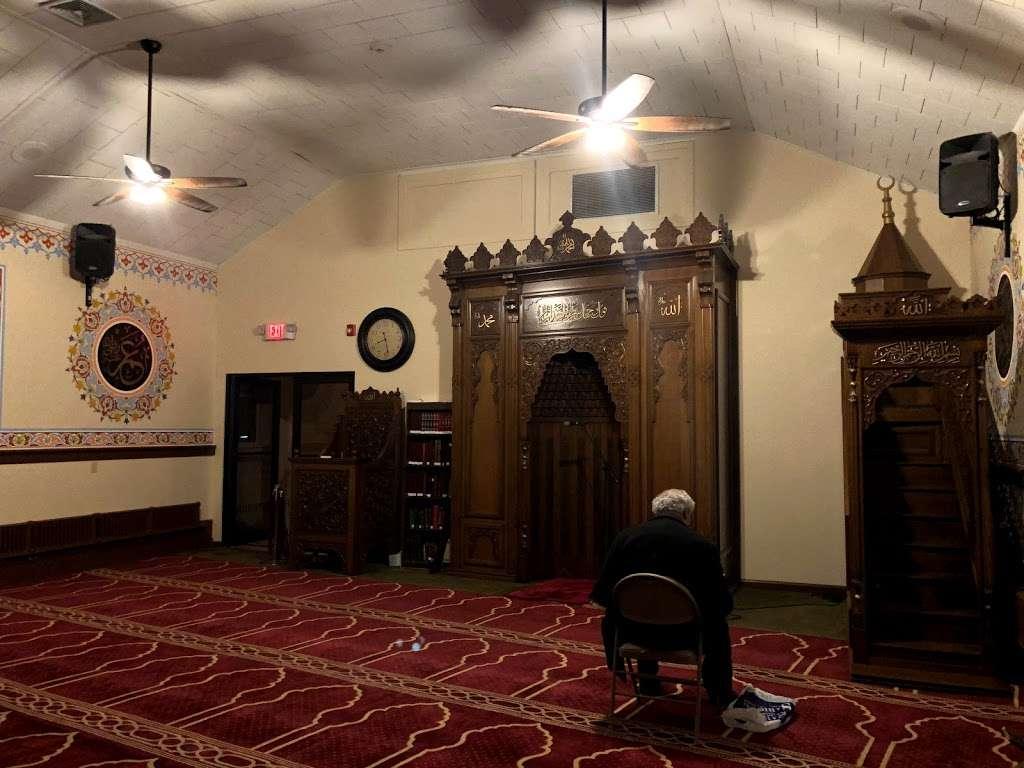 TARF Bergen Diyanet Camii - mosque  | Photo 3 of 10 | Address: 240 Knox Ave, Cliffside Park, NJ 07010, USA | Phone: (201) 840-8065