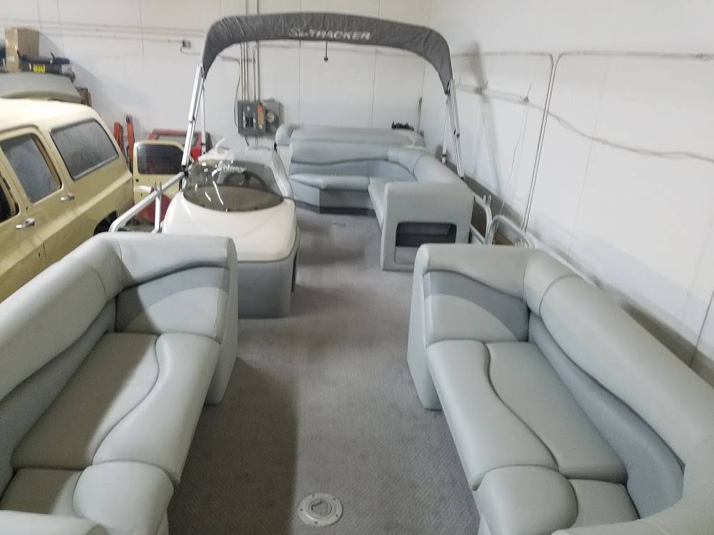 Absolute Upholstery - car repair  | Photo 7 of 8 | Address: 3011 M 291 Frontage Rd, Independence, MO 64057, USA | Phone: (816) 694-9936