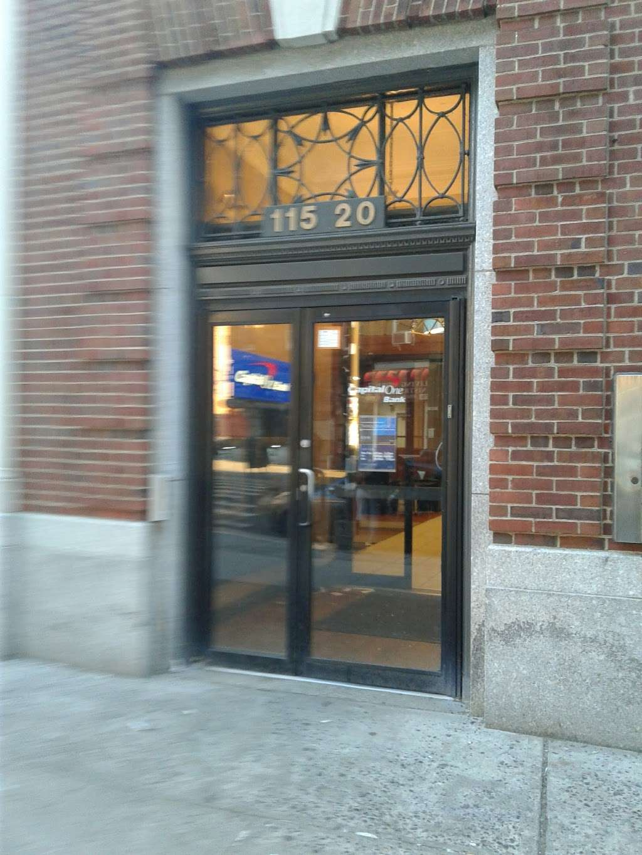 Capital One Bank - bank  | Photo 4 of 8 | Address: 115-20 Jamaica Ave, Richmond Hill, NY 11418, USA | Phone: (718) 849-0901