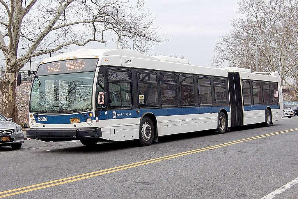 W 205 St/paul Av - bus station  | Photo 3 of 7 | Address: Bronx, NY 10468, USA