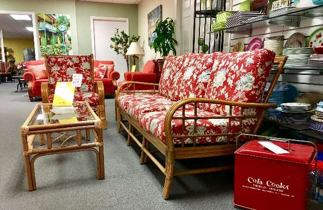 Dunnrite Casual Furniture Inc - furniture store  | Photo 6 of 10 | Address: 7448 Springfield Ave, Sykesville, MD 21784, USA | Phone: (410) 795-5700
