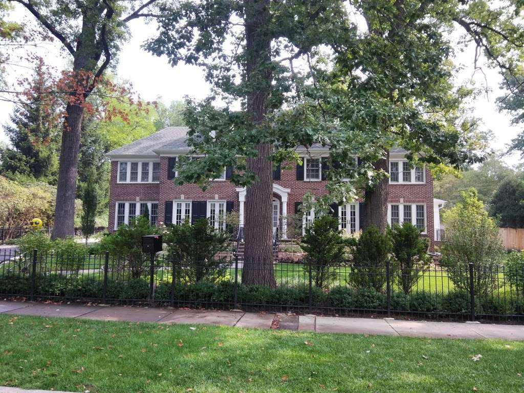 Museum Home Alone House - museum  | Photo 1 of 3 | Address: 671 Lincoln Ave, Winnetka, IL 60093, USA