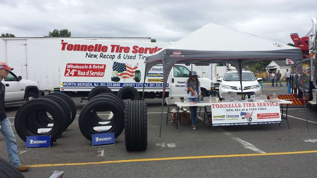 TONNELLE TRUCK TIRE SERVICE - car repair  | Photo 2 of 10 | Address: 1810 Tonnelle Ave, North Bergen, NJ 07047, USA | Phone: (201) 325-8666