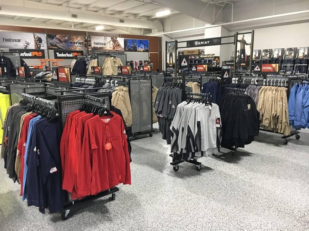 Wayne Workwear - shoe store  | Photo 2 of 8 | Address: 4115 W Reno Ave, Oklahoma City, OK 73107, USA | Phone: (405) 795-5088