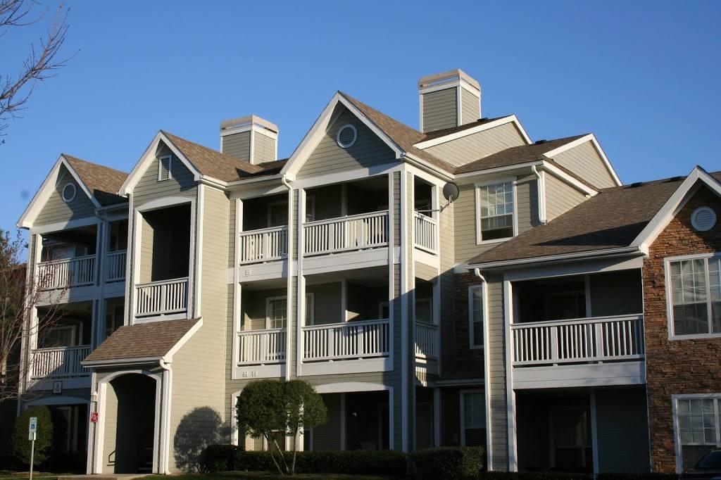 Lodge at Mallard Creek Apartments - real estate agency    Photo 1 of 5   Address: 7815 Chelsea Jade Ln, Charlotte, NC 28269, USA   Phone: (704) 509-0098