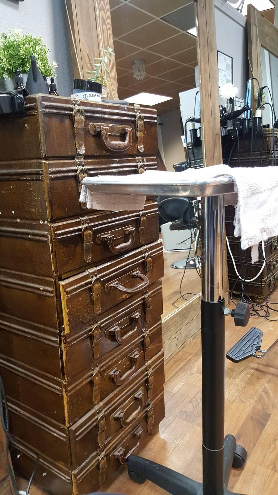 Vandelay Hair Industries Midtown - hair care  | Photo 8 of 10 | Address: 1430 20th St, Sacramento, CA 95811, USA | Phone: (916) 247-6920