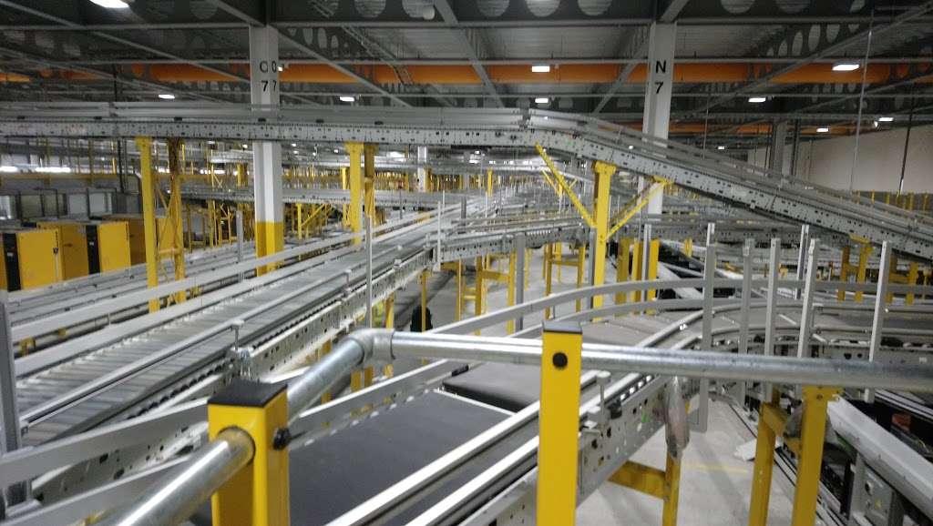 Amazon UK Services Ltd. Tilbury - LCY2 - storage  | Photo 10 of 10 | Address: London Distribution Park, Windrush Rd, Tilbury RM18 7AN, UK | Phone: 07482 247503