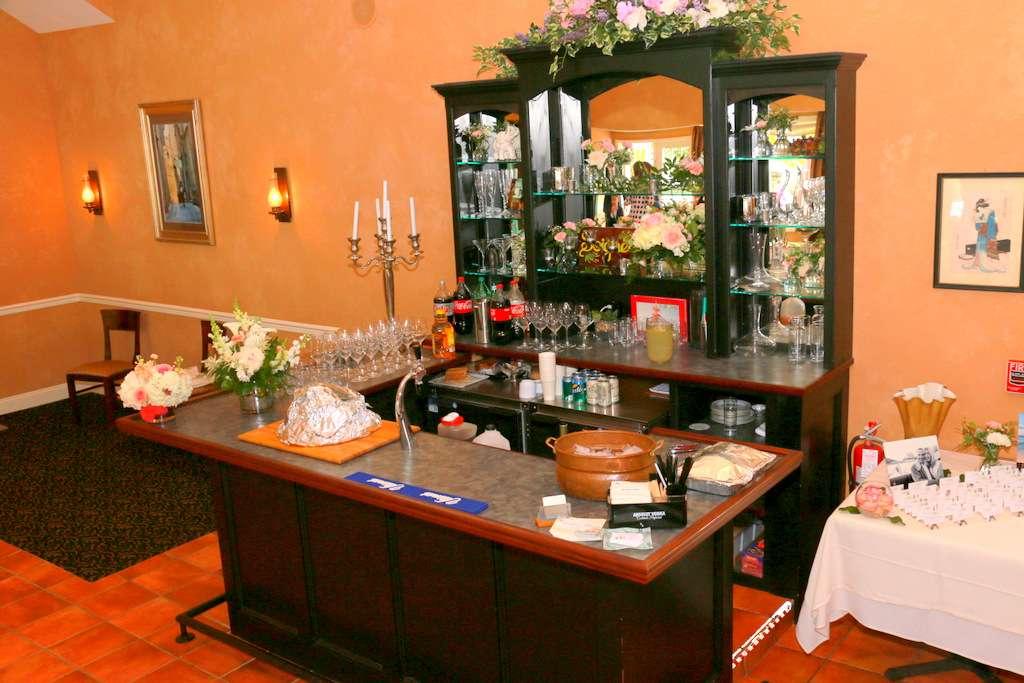 Andres Lakeside Dining - restaurant  | Photo 5 of 10 | Address: 112 Tomahawk Trail, Sparta Township, NJ 07871, USA | Phone: (973) 726-6000