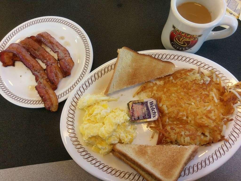 Waffle House - meal takeaway    Photo 9 of 10   Address: 1116 League Line Rd, Conroe, TX 77303, USA   Phone: (936) 890-0555