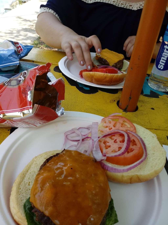 Island Party Hut - restaurant  | Photo 9 of 10 | Address: 355 Chicago Riverwalk, Chicago, IL 60601, USA | Phone: (312) 600-0488
