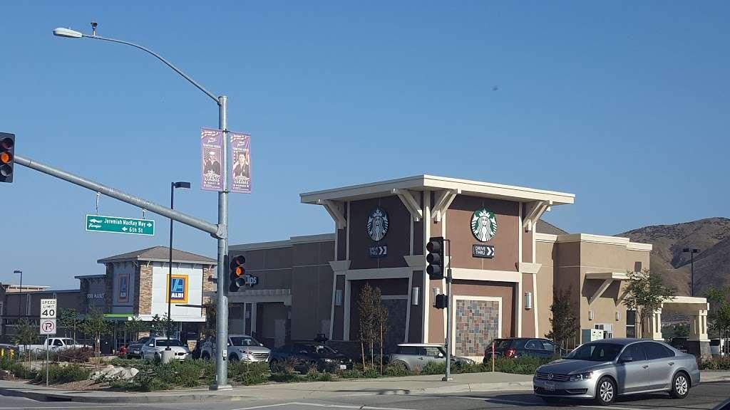 Starbucks - cafe  | Photo 3 of 10 | Address: 34050 Yucaipa Blvd #200, Yucaipa, CA 92399, USA | Phone: (909) 797-7224