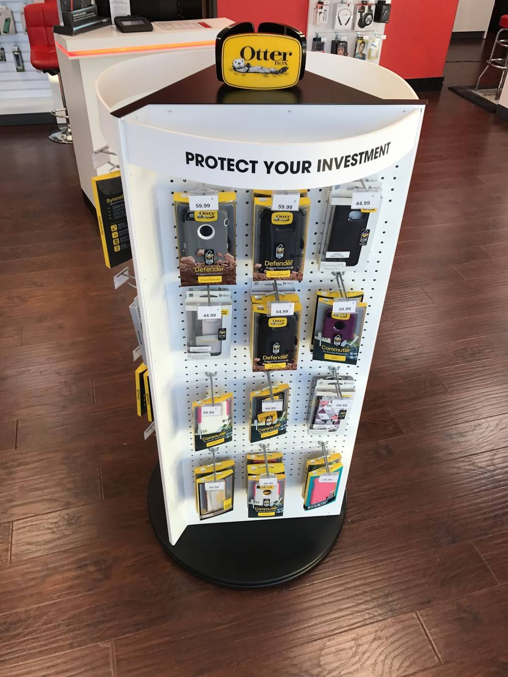 Verizon Authorized Retailer - Russell Cellular - electronics store    Photo 4 of 10   Address: 410 Town, Center, Garland, TX 75040, USA   Phone: (972) 496-7700