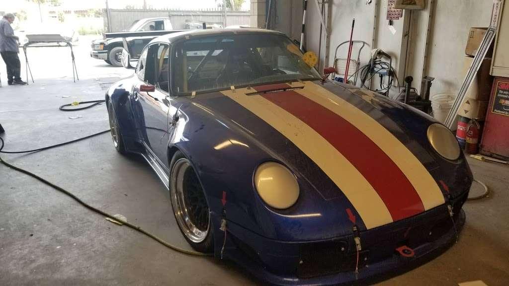 LOYALTY COLLISION - car repair  | Photo 7 of 10 | Address: 719 S Figueroa St, Wilmington, CA 90744, USA | Phone: (424) 477-5058