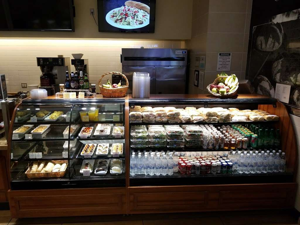 la Madeleine Country French Cafe - cafe  | Photo 2 of 10 | Address: 4140-4204 E Sky Harbor Blvd, Phoenix, AZ 85034, USA | Phone: (602) 275-6582