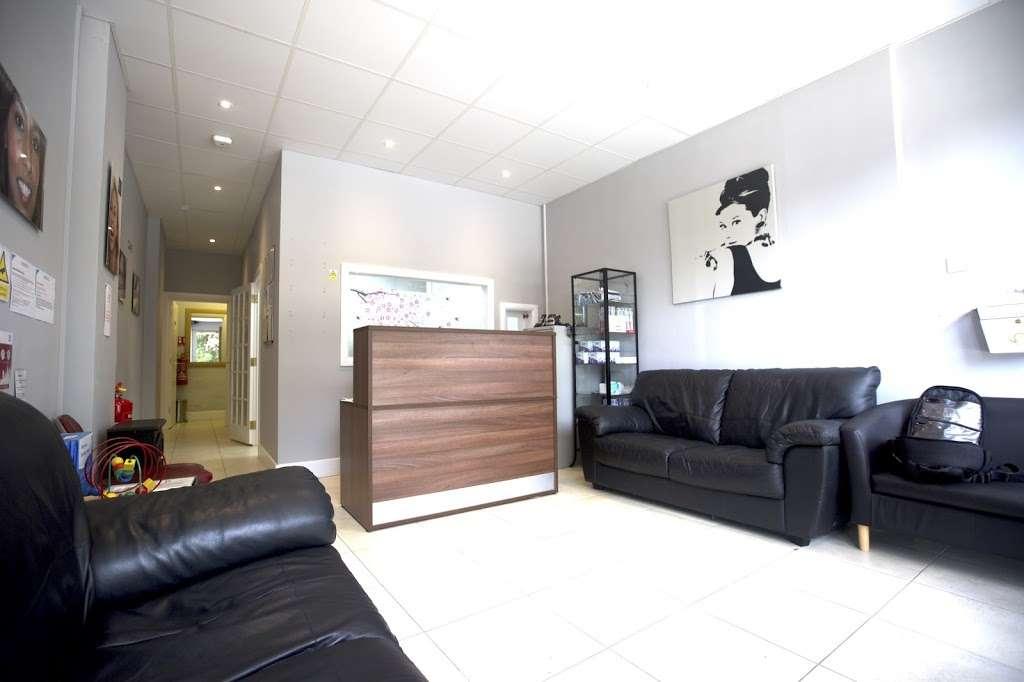Wembley Orthodontic Centre - dentist  | Photo 1 of 10 | Address: 116 Windermere Ave, Wembley HA9 8RB, UK | Phone: 020 8904 5075