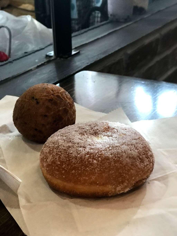 Tous les Jours - bakery    Photo 7 of 10   Address: 60 NJ-17, Paramus, NJ 07652, USA