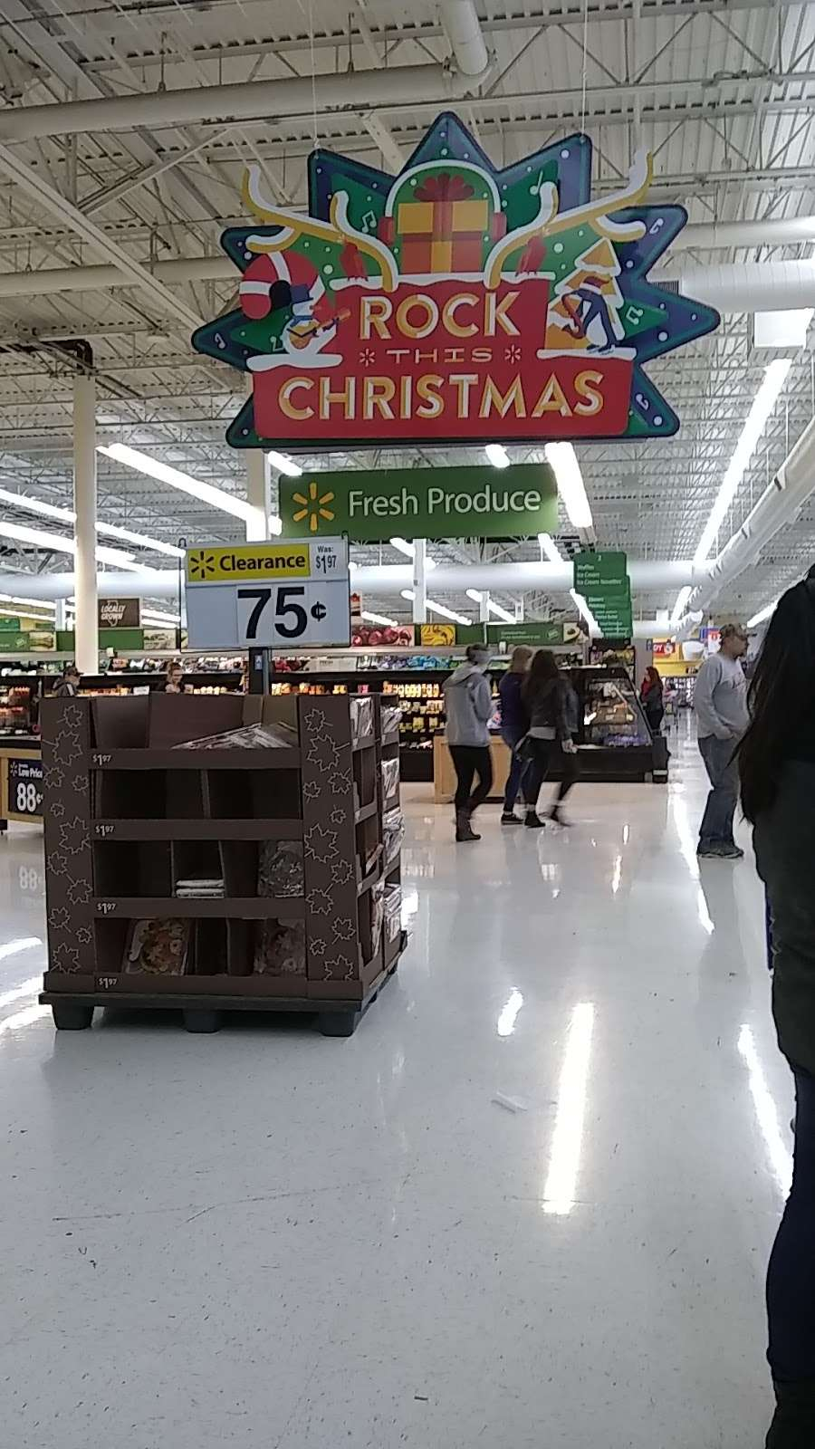 Walmart Supercenter - department store  | Photo 7 of 10 | Address: 2300 Sycamore Rd, DeKalb, IL 60115, USA | Phone: (815) 758-6225