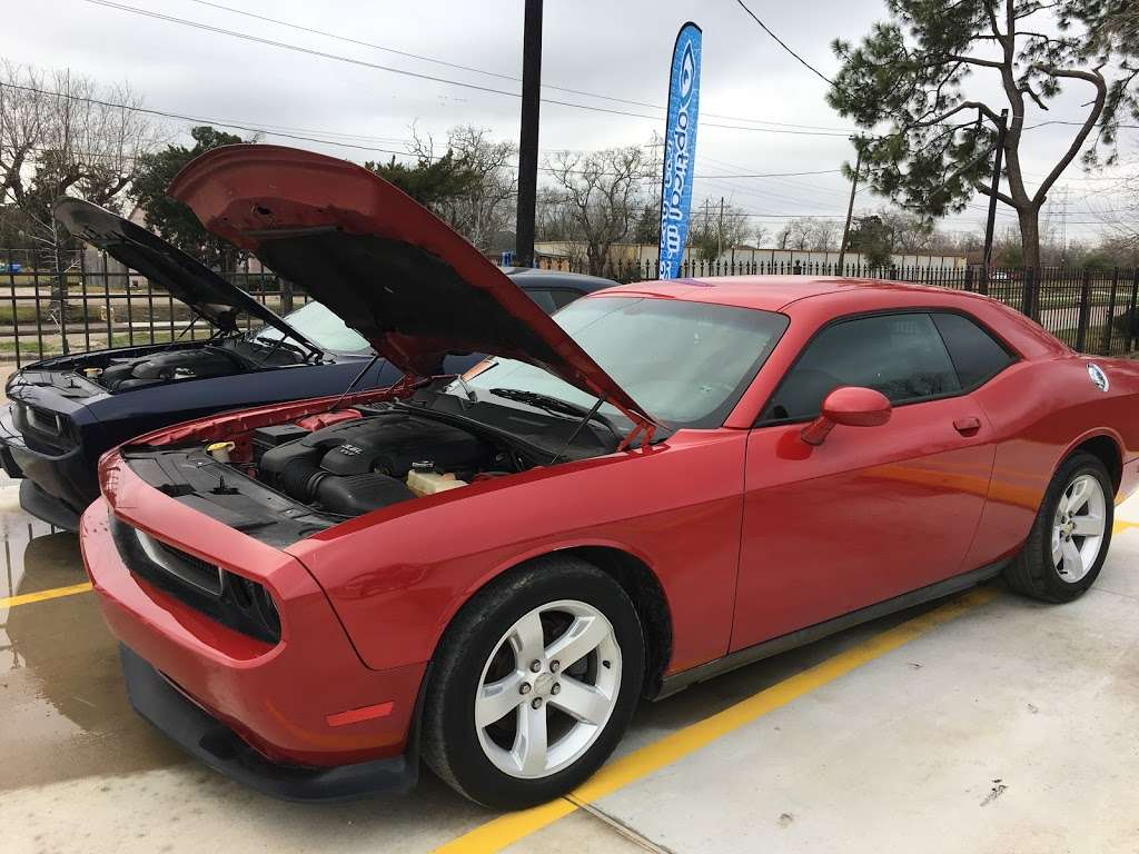 The Auto Sales Place and Hand Car Wash - car dealer  | Photo 4 of 10 | Address: 14129 Hiram Clarke Rd, Houston, TX 77045, USA | Phone: (832) 275-9116