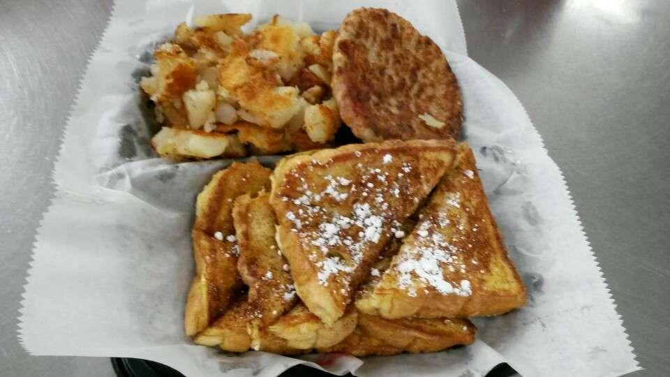 Chicken City - restaurant    Photo 2 of 6   Address: 7021 Liberty Rd, Gwynn Oak, MD 21207, USA   Phone: (410) 265-1669