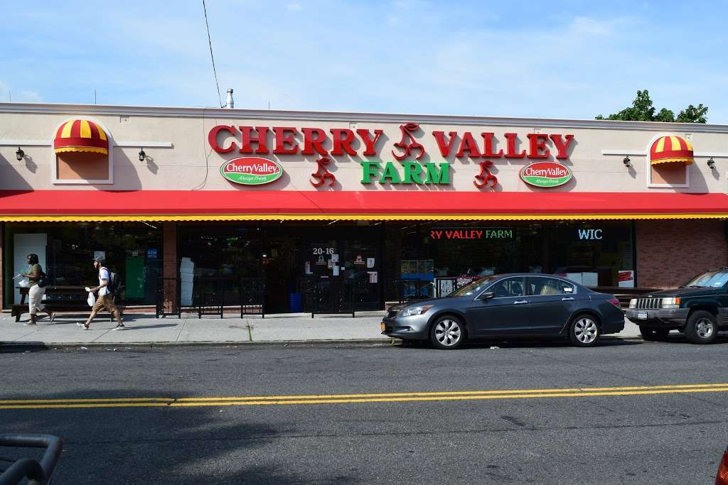 Cherry Valley Farm Supermarket - supermarket  | Photo 1 of 10 | Address: 2016 21st Ave, Long Island City, NY 11105, USA | Phone: (718) 721-4982