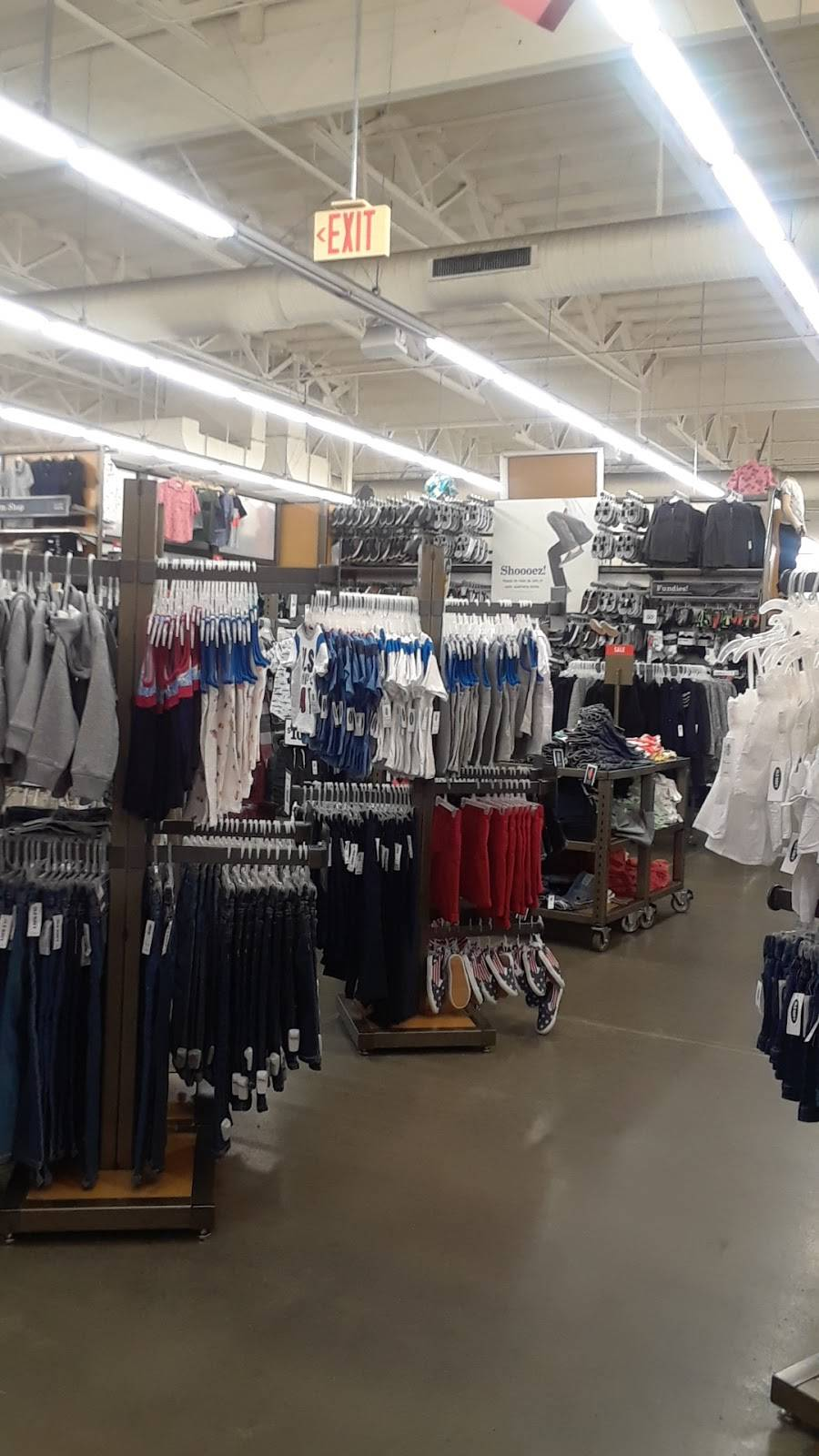 Old Navy - with Curbside Pickup - clothing store    Photo 2 of 10   Address: 2650 Canyon Springs Pkwy, Riverside, CA 92507, USA   Phone: (951) 653-5406