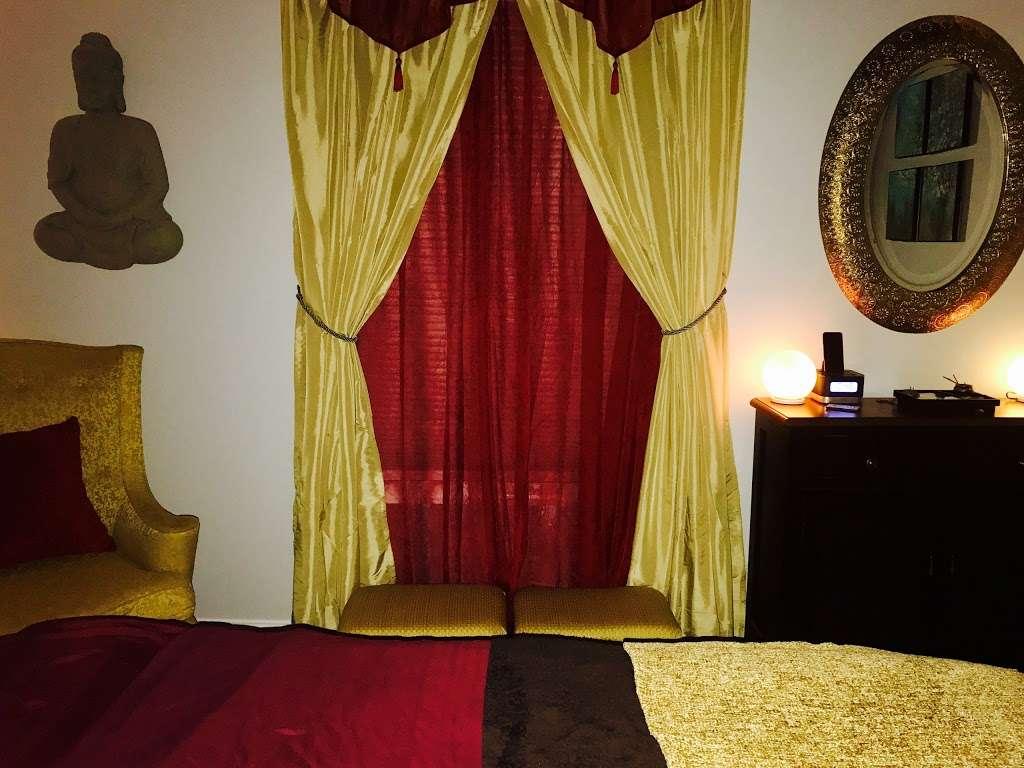 Therapeutic Massage & Wellness - spa    Photo 3 of 10   Address: 40 Lake Ave Ext Suite B, Danbury, CT 06811, USA   Phone: (203) 826-3355