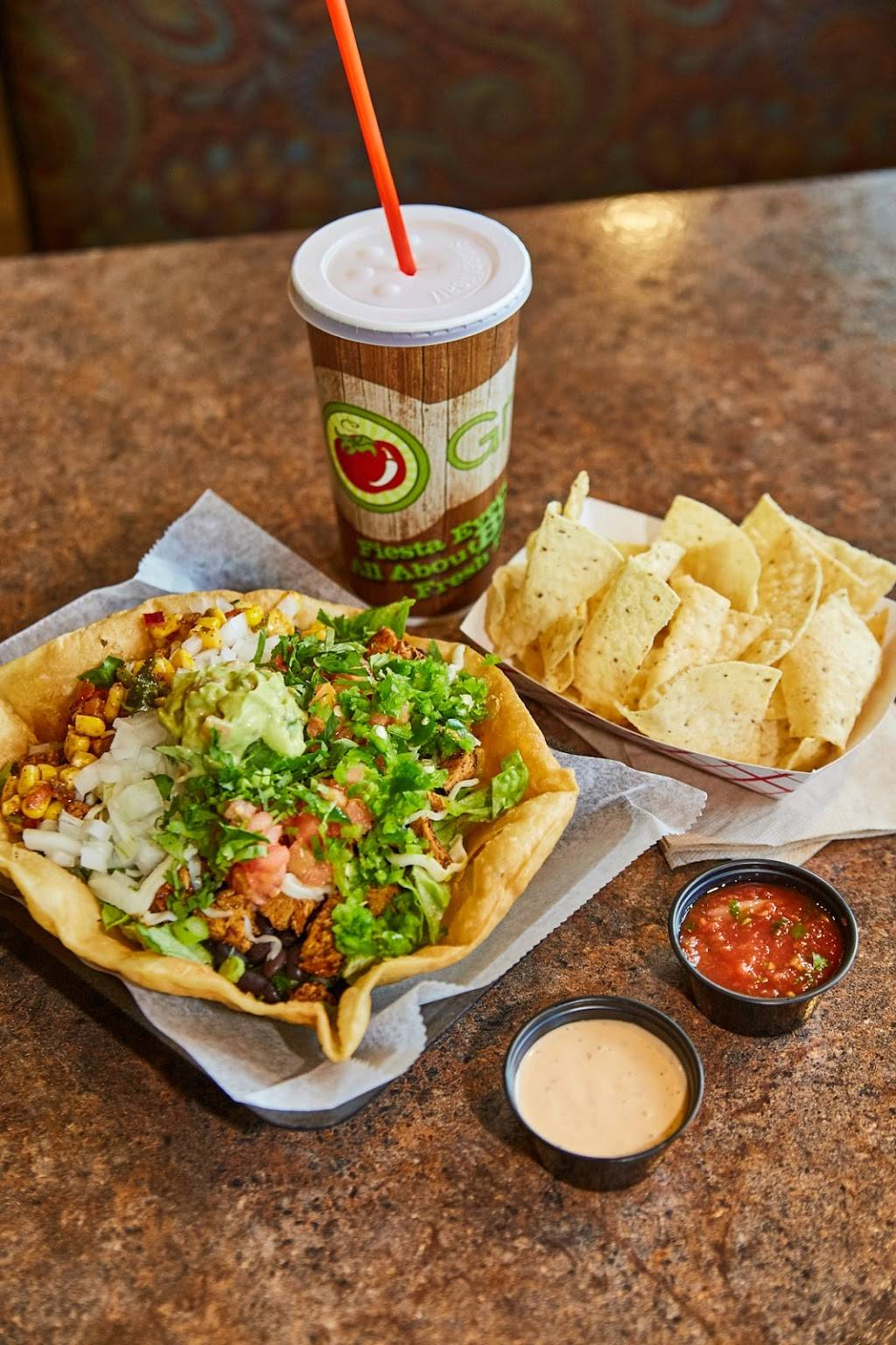 Salsa Grille Northeast - restaurant  | Photo 2 of 10 | Address: 5709 YMCA Park Drive East, Fort Wayne, IN 46835, USA | Phone: (260) 492-9661