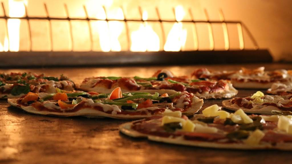 PizzaRev - meal delivery  | Photo 2 of 9 | Address: 17490 Colima Rd D, Rowland Heights, CA 91748, USA | Phone: (626) 854-0006