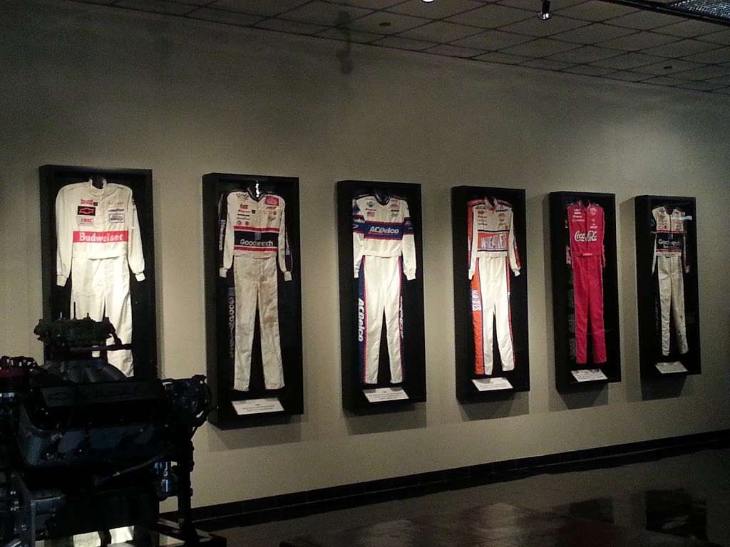 Dale Earnhardt Inc - museum    Photo 3 of 10   Address: 1675 NC-3, Mooresville, NC 28115, USA   Phone: (704) 662-8000