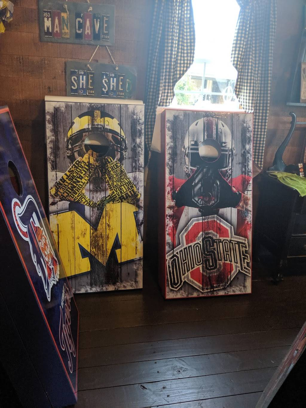Country Mercantile - store  | Photo 4 of 6 | Address: 3217 OH-300, Gibsonburg, OH 43431, USA | Phone: (419) 287-7038