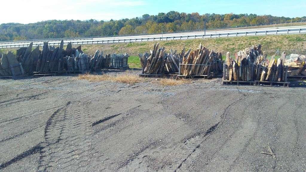 Potomac Farms Outlet - store  | Photo 5 of 9 | Address: 1373 Short Rd, Kearneysville, WV 25430, USA | Phone: (304) 702-6675