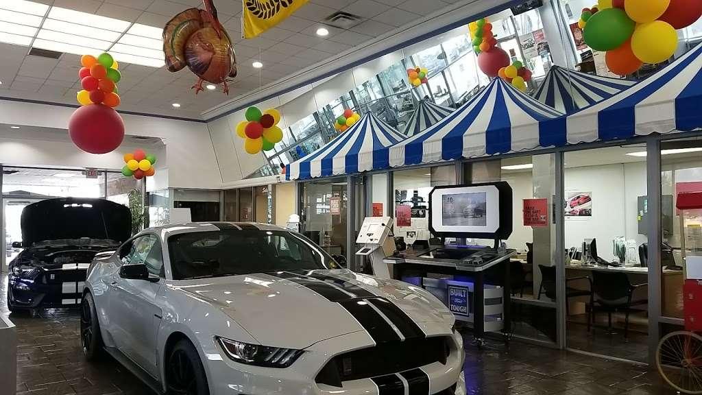 Sun State Ford - car repair  | Photo 1 of 10 | Address: 3535 W Colonial Dr, Orlando, FL 32808, USA | Phone: (407) 299-5900