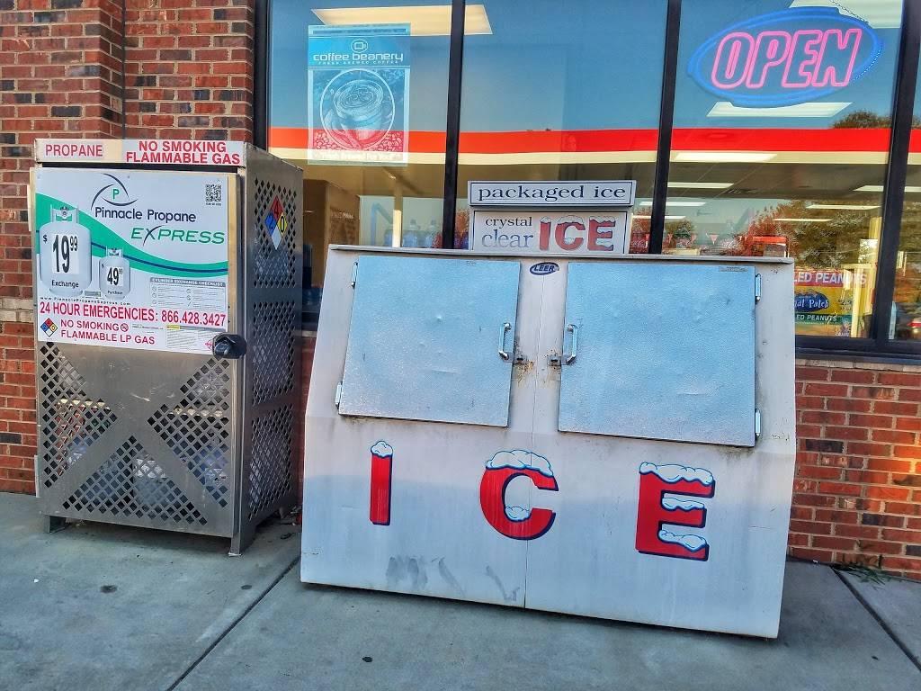 SANDY RIDGE FOOD MART - gas station  | Photo 3 of 9 | Address: 3205 Sandy Ridge Rd, Colfax, NC 27235, USA | Phone: (336) 681-4726
