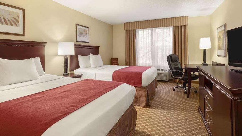 Country Inn & Suites by Radisson, Doswell (Kings Dominion), VA - lodging  | Photo 2 of 10 | Address: 16250 International St, Doswell, VA 23047, USA | Phone: (804) 612-8450