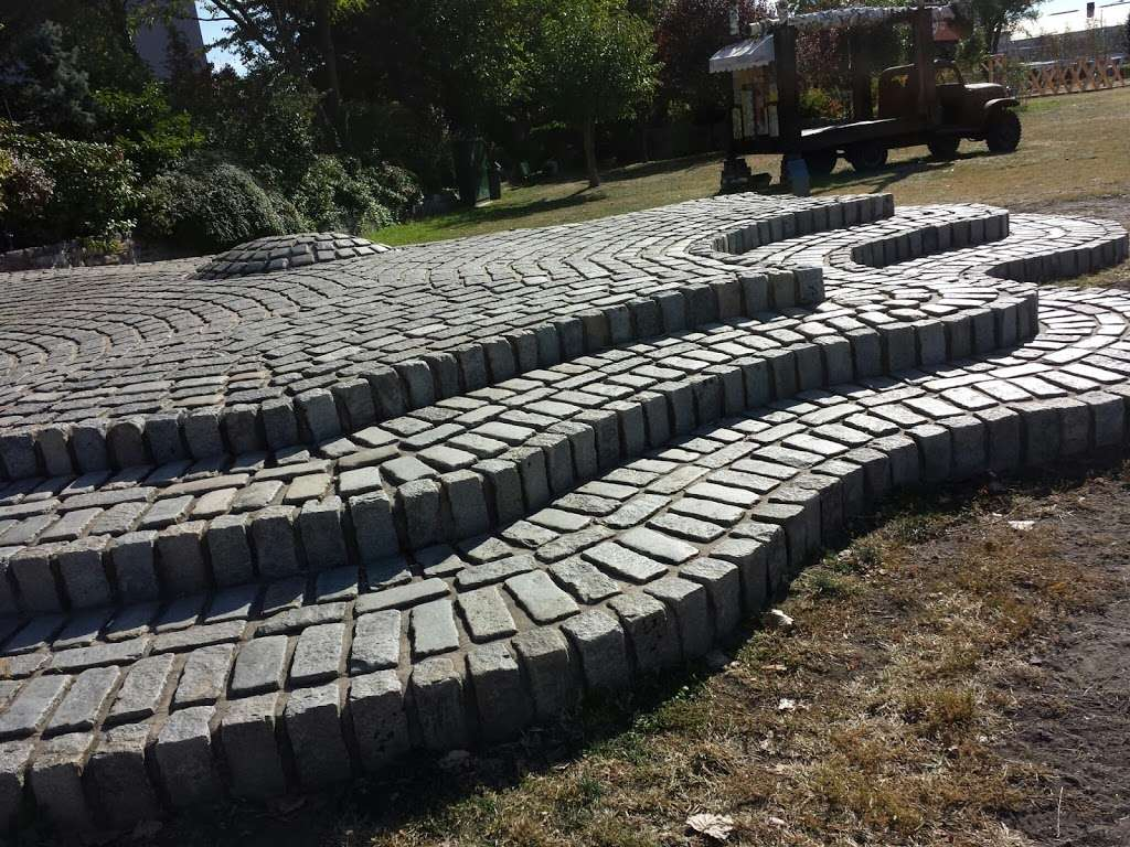 Rainey Park - park  | Photo 4 of 10 | Address: Vernon Blvd, Astoria, NY 11106, USA | Phone: (212) 639-9675