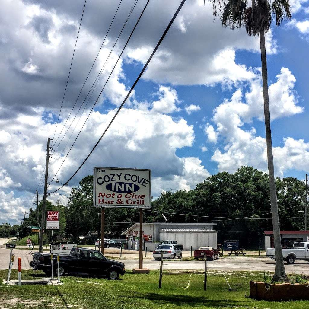 Cozy Cove Inn - lodging  | Photo 1 of 7 | Address: 5790 Alligator Lake Shore W, St Cloud, FL 34771, USA | Phone: (201) 283-7005