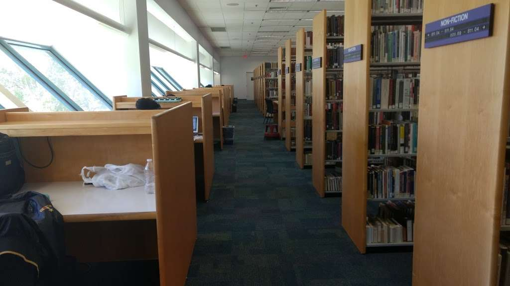 North Regional/Broward College Library - library  | Photo 9 of 10 | Address: 1100 Coconut Creek Blvd, Coconut Creek, FL 33066, USA | Phone: (954) 201-2600