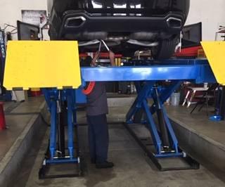 US AUTOCARE - car repair  | Photo 2 of 10 | Address: 6662 Indiana Ave, Riverside, CA 92506, USA | Phone: (951) 784-7000
