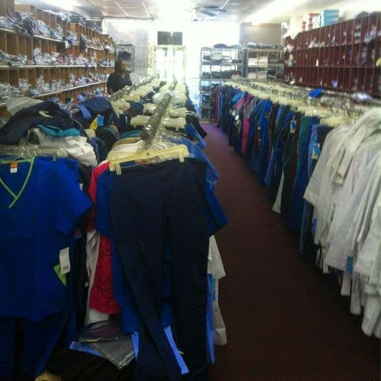 Discount Uniform Corporation - clothing store  | Photo 1 of 3 | Address: 7131 Fannin St, Houston, TX 77030, USA | Phone: (713) 797-9400