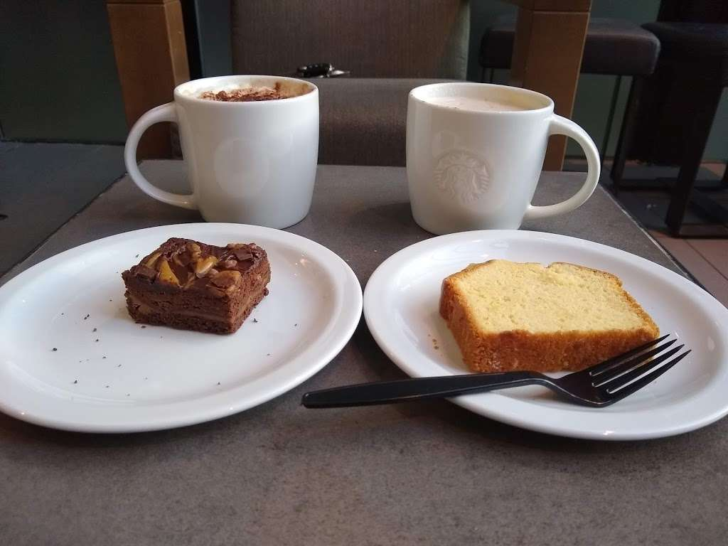 Starbucks Coffee - cafe  | Photo 2 of 10 | Address: 119 London Rd N, Hooley, Merstham, Redhill RH1 3AL, UK | Phone: 01737 550382