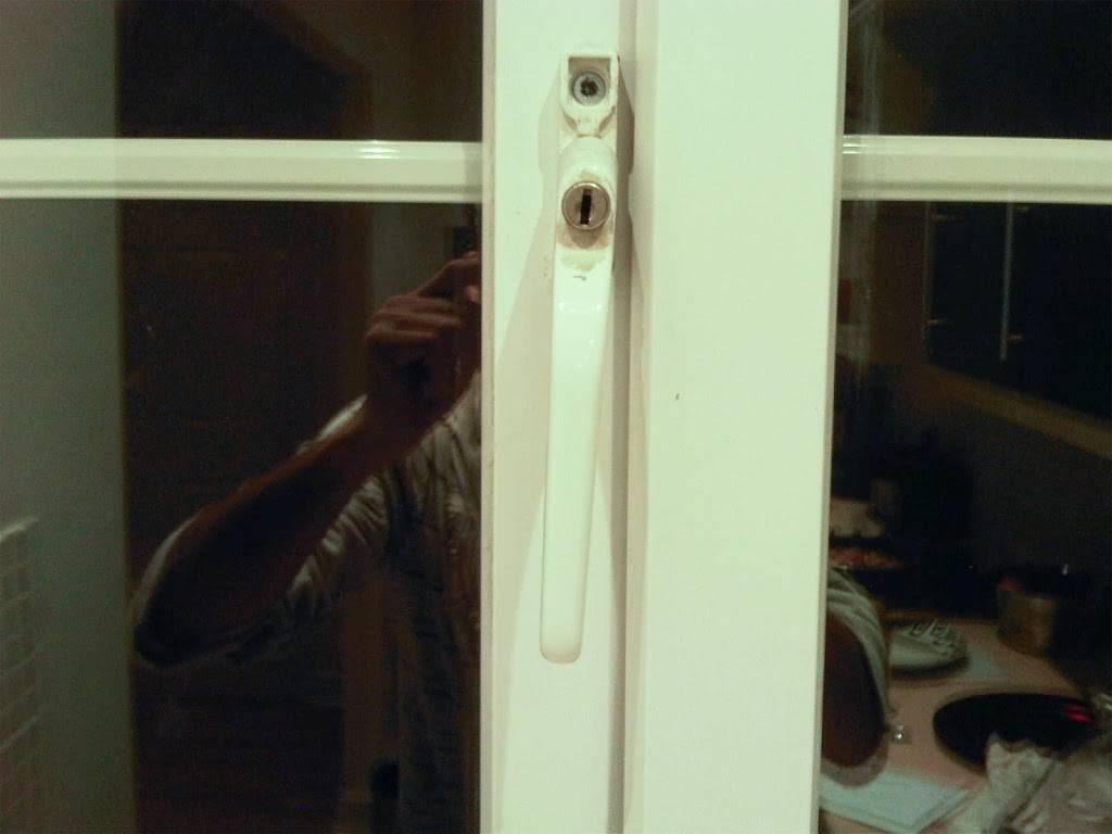 DOLLAR KING Locksmith Service - locksmith  | Photo 1 of 1 | Address: 619 John F. Kennedy Blvd, Union City, NJ 07087, USA | Phone: (201) 215-9989