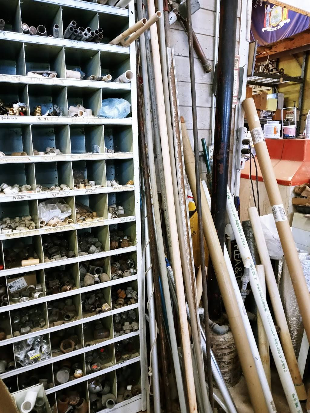 Big R Surplus & Salvage - hardware store  | Photo 1 of 6 | Address: 6923 E, State Rd 114, Lubbock, TX 79407, USA | Phone: (806) 885-4070