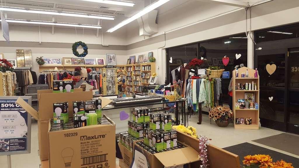 Goodwill Boulder - furniture store  | Photo 1 of 10 | Address: 2486 Baseline Rd, Boulder, CO 80305, USA | Phone: (303) 494-5145