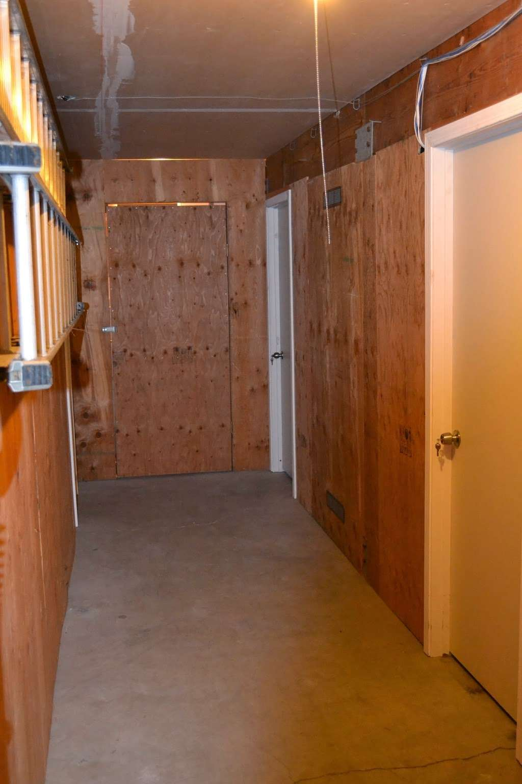 BND Properties - storage  | Photo 1 of 3 | Address: 1024 Country Club Dr, Moraga, CA 94556, USA | Phone: (925) 376-2195
