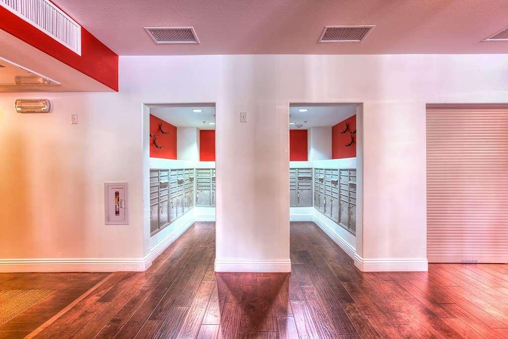 Tempo Senior Apartments - real estate agency  | Photo 3 of 10 | Address: 5625 S Hollywood Blvd, Las Vegas, NV 89122, USA | Phone: (702) 990-2771