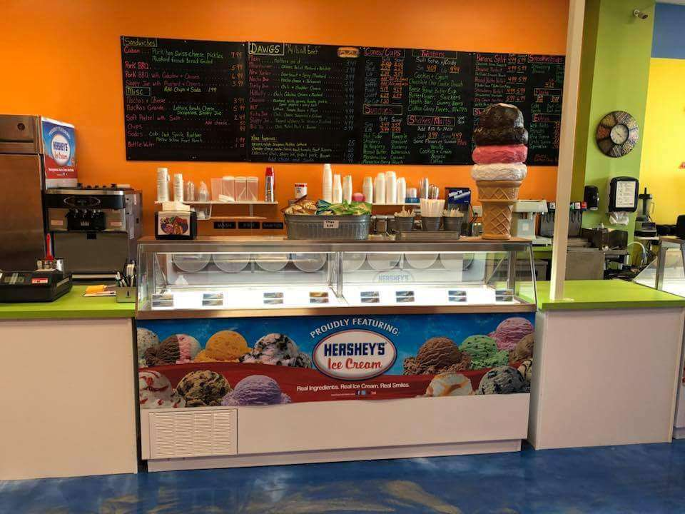 Scoop Dawg - store  | Photo 4 of 10 | Address: 809 N Mildred St Suite #3, Ranson, WV 25438, USA | Phone: (304) 725-3294