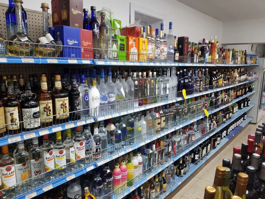 Ridgefield Liquors - store  | Photo 4 of 10 | Address: 520 Shaler Blvd, Ridgefield, NJ 07657, USA | Phone: (201) 943-8123