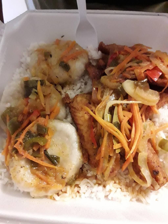 I-Land Vybz Jamaican Restaurant - restaurant  | Photo 8 of 10 | Address: 5929 Dyer St A, El Paso, TX 79904, USA | Phone: (915) 234-2754
